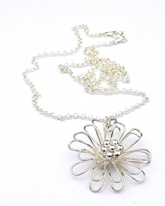 Daisy Pendant in Sterling Silver