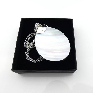 Sterling Silver Flower Pendant Freshwater Pearl Shell.