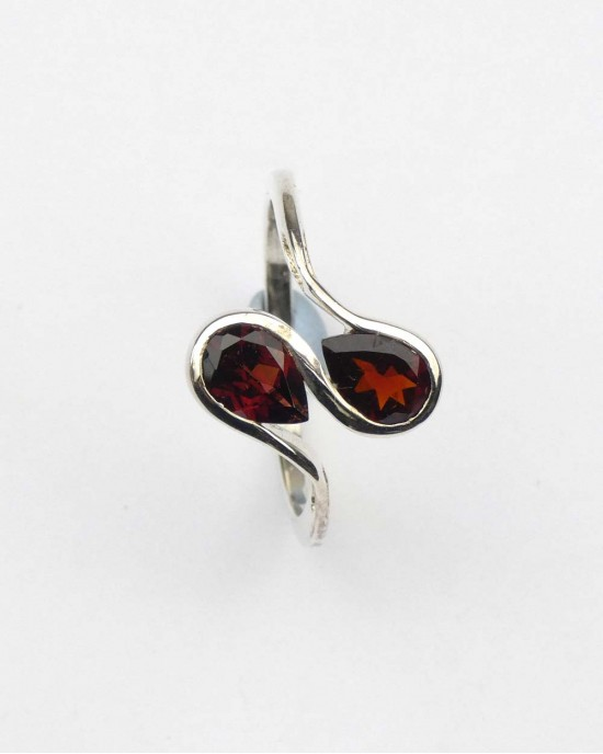 Garnet Silver Wave Ring - RINGS