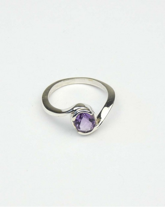Madagascan Amethyst Silver Ring - RINGS